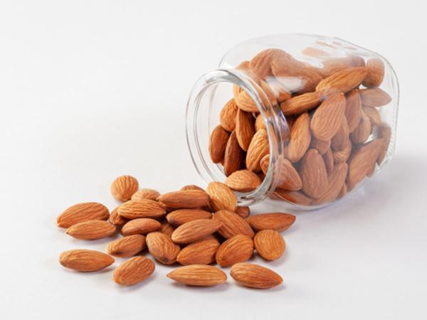 Which country has the best almonds?